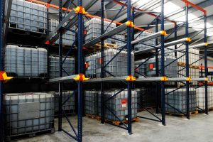 Almacen de aceites y lubricantes industriales en Eibar, Gipuzkoa (País Vasco)